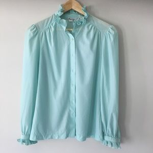 Adorable Vintage Long Sleeve Ruffled Blouse